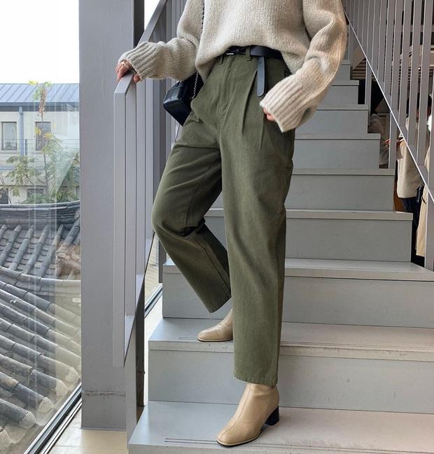 Muốn không bị chê là quê độ, lỗi mốt hãy học theo cô em trendy Khánh Linh: Đã đến lúc dọn tủ cho đỡ chật rồi - Ảnh 2.