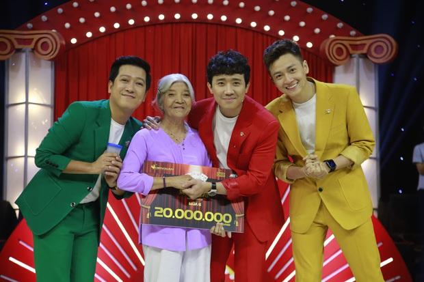 4 TV Show phủ sóng top 10 trending YouTube, show của Quỳnh Trần JP & bé Sa lên hạng chưa đến 24 tiếng - Ảnh 2.