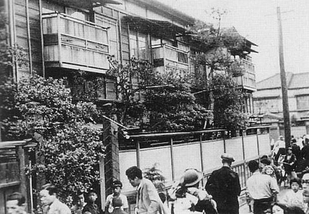 Cuộc đời cùng cực của người phụ nữ từ geisha trở thành gái mại dâm: Bị cưỡng hiếp năm 14 tuổi và trong cơn cuồng ghen bỗng trở thành sát nhân biến thái - Ảnh 3.
