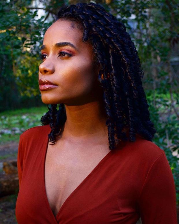 Mỹ nhân Jamaica vừa đăng quang Miss World 2019: Đẹp khoẻ khoắn, đã học vấn đáng nể lại còn hát hay như Whitney Houston - Ảnh 5.
