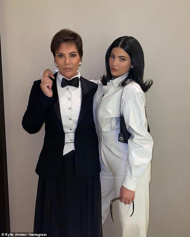 Vợ chồng Justin Bieber tổ chức sự kiện, nhưng hotgirl hóa tỷ phú Kylie Jenner chiếm hết spotlight vì giọng ca bất ngờ - Ảnh 6.