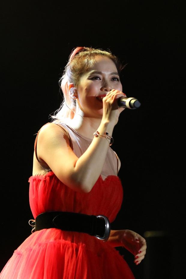 Đêm nhạc đã tai của Diva Hàn Quốc So Hyang hội tụ Trấn Thành - Hari Won, các giọng ca Trần Thu Hà, Tuấn Ngọc, Khánh Hà làm khán giả nín thở - Ảnh 20.