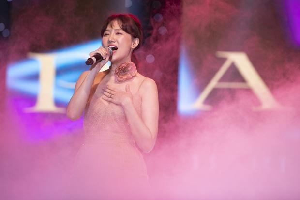 Đêm nhạc đã tai của Diva Hàn Quốc So Hyang hội tụ Trấn Thành - Hari Won, các giọng ca Trần Thu Hà, Tuấn Ngọc, Khánh Hà làm khán giả nín thở - Ảnh 3.