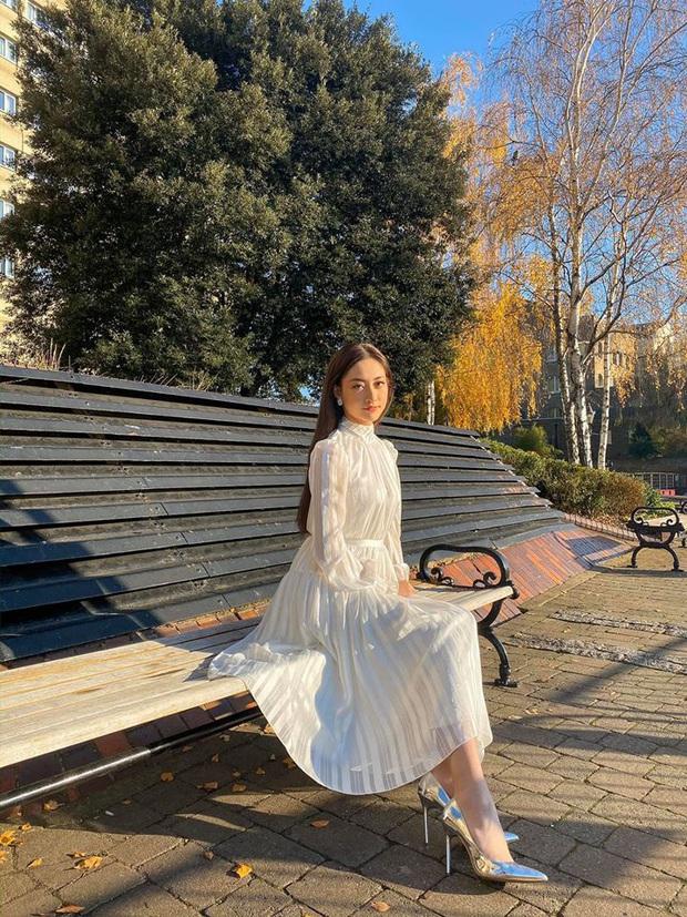 Hoa hậu Lương Thùy Linh tại Miss World 2019: Chăm tái chế đồ cũ, diện đồ đơn giản nhưng vẫn tỏa sáng rạng ngời - Ảnh 6.