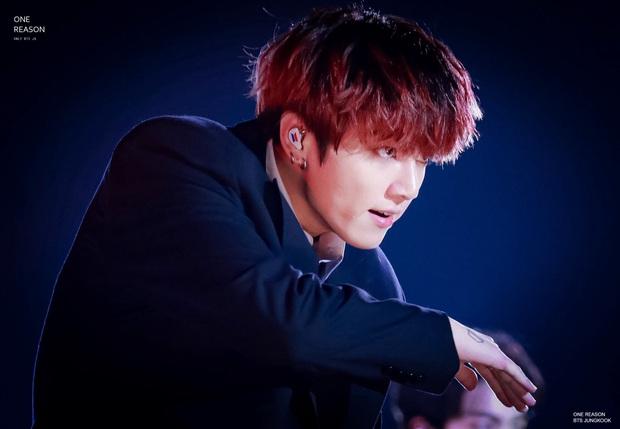 Em út vàng Jungkook (BTS) bất ngờ xuất hiện trên gameshow Việt, đến Chí Thiện còn mê vì quá đẹp trai - Ảnh 5.