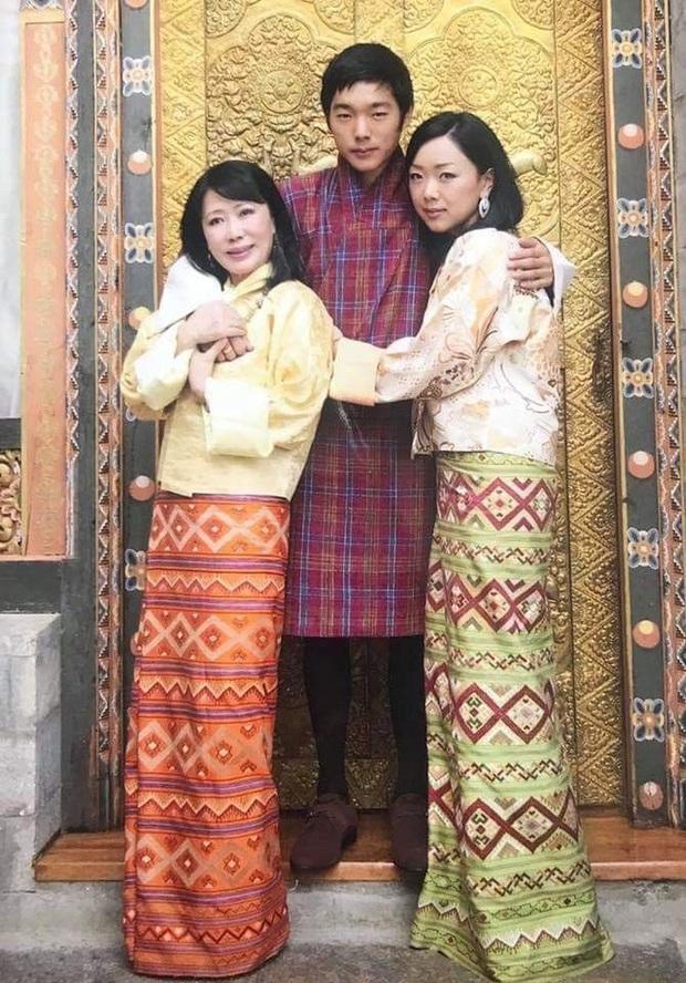 Hóa ra Bhutan lại có Hoàng tử cực phẩm như thế này, văn võ song toàn cùng ngoại hình nổi bật - Ảnh 1.