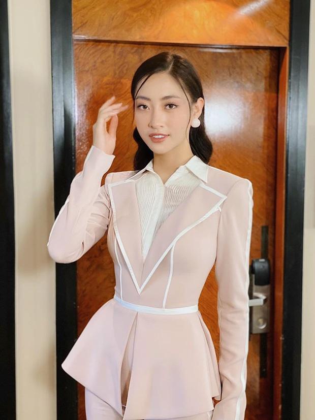 Đẳng cấp nhan sắc của Lương Thùy Linh: Trung thành với duy nhất một kiểu make up thẳng tiến vào Top 12 Miss World 2019 - Ảnh 1.