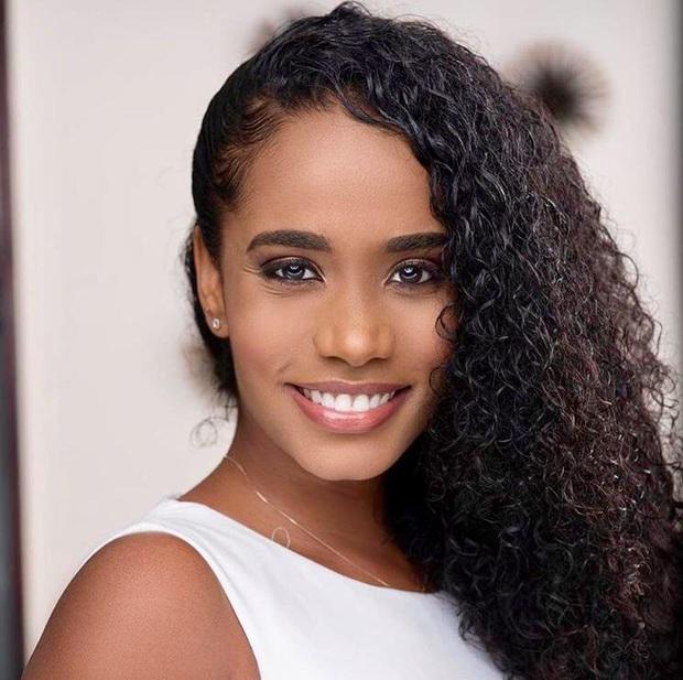 Miss World 2019: Đăng quang với chiều cao khiêm tốn 1m67 cùng mái tóc rối bời nhưng gương mặt hiền lành nhân hậu chính là điều cả thế giới phải công nhận - Ảnh 6.