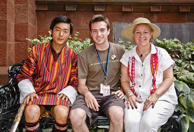 Hóa ra Bhutan lại có Hoàng tử cực phẩm như thế này, văn võ song toàn cùng ngoại hình nổi bật - Ảnh 6.