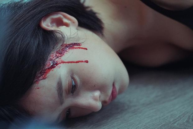 Twist khét lẹt, drama ngập tràn nhưng Chị Chị Em Em có hay như kì vọng bom tấn giật gân nhất 2019?  - Ảnh 7.