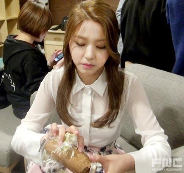 6 món ăn trong blacklist mà idol Hàn Quốc không được động đến hầu hết là những món quốc hồn quốc túy của xứ sở kimchi - Ảnh 4.
