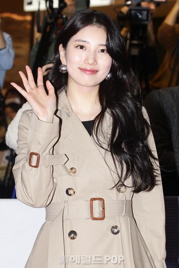 2 nữ thần Kpop dự sự kiện khủng cùng ngày: Yoona không còn bánh bèo, Suzy tăng cân vẫn quá xinh bên quân đoàn sao - Ảnh 5.