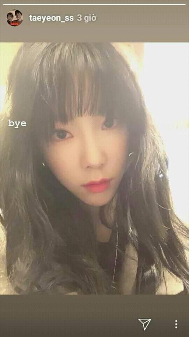Hoang mang tột độ động thái đăng ảnh u buồn kèm lời tạm biệt của Taeyeon (SNSD) sau 2 tháng kể từ khi Sulli tự tử - Ảnh 1.