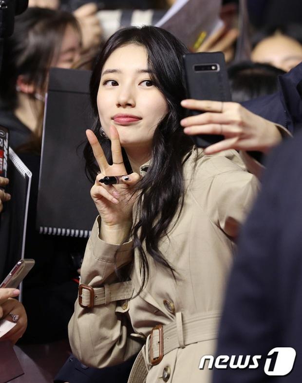 2 nữ thần Kpop dự sự kiện khủng cùng ngày: Yoona không còn bánh bèo, Suzy tăng cân vẫn quá xinh bên quân đoàn sao - Ảnh 3.