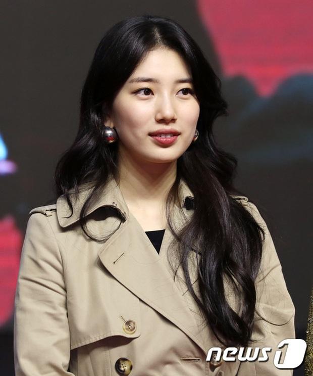 2 nữ thần Kpop dự sự kiện khủng cùng ngày: Yoona không còn bánh bèo, Suzy tăng cân vẫn quá xinh bên quân đoàn sao - Ảnh 2.
