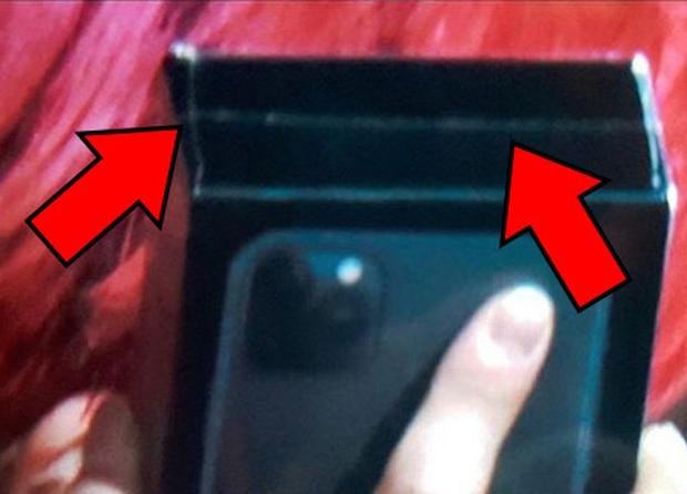 Ném iPhone 11 lên sân khấu: Pha tặng quà idol chất như nước cất từ fan cứng EXO - Ảnh 5.