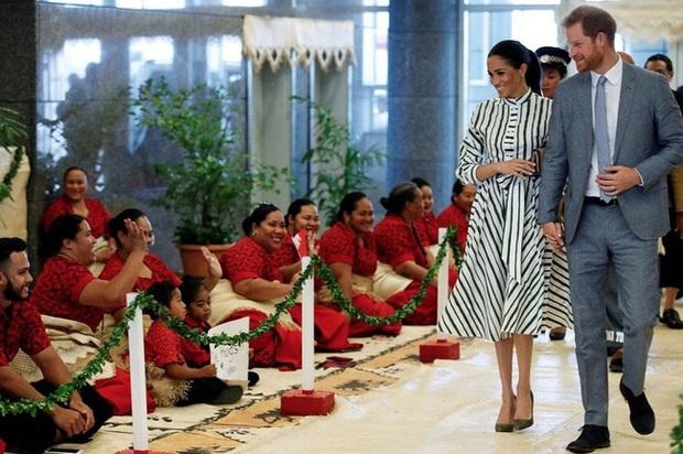 Chân dung tiểu hoàng tử Tonga: Mới sinh ra nắm trong tay vận mệnh của một hoàng gia, càng lớn càng khiến người hâm mộ phát cuồng - Ảnh 5.
