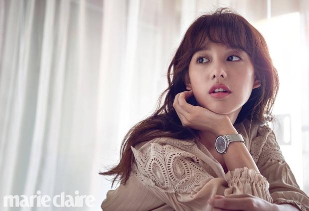 Chuyện gì xảy ra với Kbiz hôm nay: Hết Song Joong Ki, nữ thần Hậu duệ mặt trời rút khỏi công ty lại đến 1 sao đình đám rời YG - Ảnh 2.