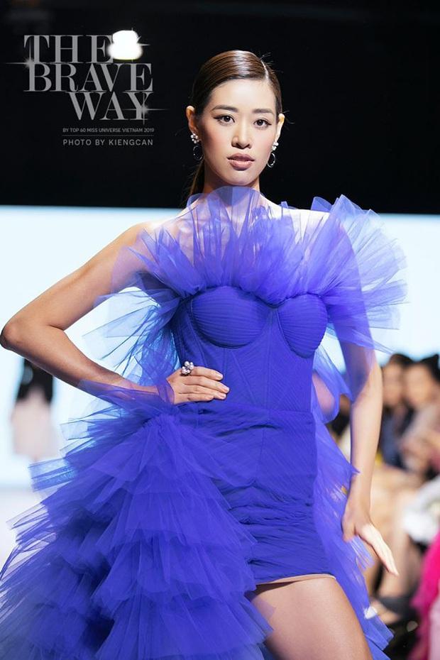 Hoàng Thùy về nước vẫn chặt chém váy áo như đi thi Miss Universe và đụng hàng với Khánh Vân - Ảnh 3.