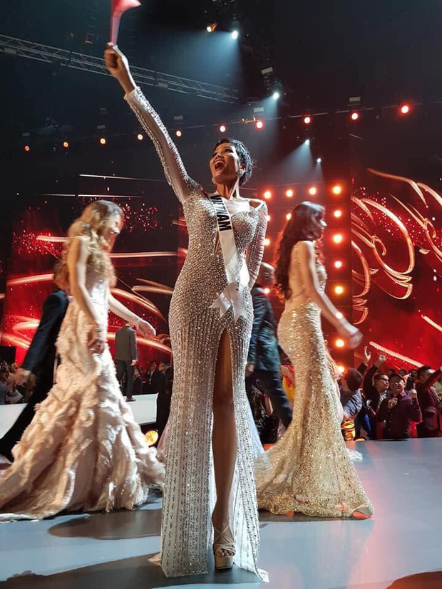 Ngày này năm trước HHen Niê lọt Top 5 Miss Universe, tạo cú hích chấn động nhan sắc Việt trên bản đồ thế giới - Ảnh 1.