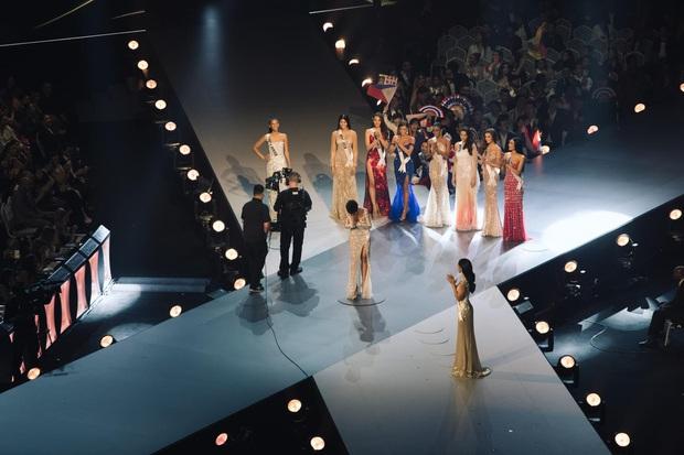 Ngày này năm trước HHen Niê lọt Top 5 Miss Universe, tạo cú hích chấn động nhan sắc Việt trên bản đồ thế giới - Ảnh 11.