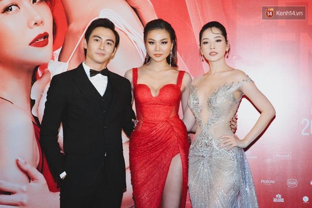 Loạt sao Việt đi xem Chị Chị Em Em ai cũng đòi đóng cảnh hôn Thanh Hằng, góp ý phần thoại là điểm yếu nhất phim - Ảnh 1.