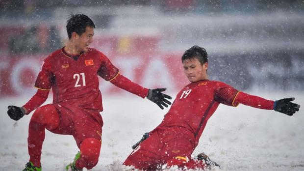 Tranh cãi kết quả bình chọn siêu phẩm cầu vồng trong tuyết của Quang Hải thắng giải Bàn thắng biểu tượng cho VCK U23 châu Á - Ảnh 2.