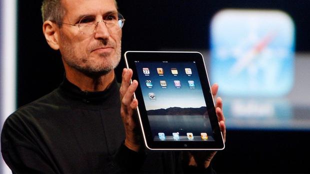 Tạp chí TIME bình chọn iPad, Apple Watch và AirPods là thiết bị tốt nhất trong thập kỷ vừa qua - Ảnh 1.