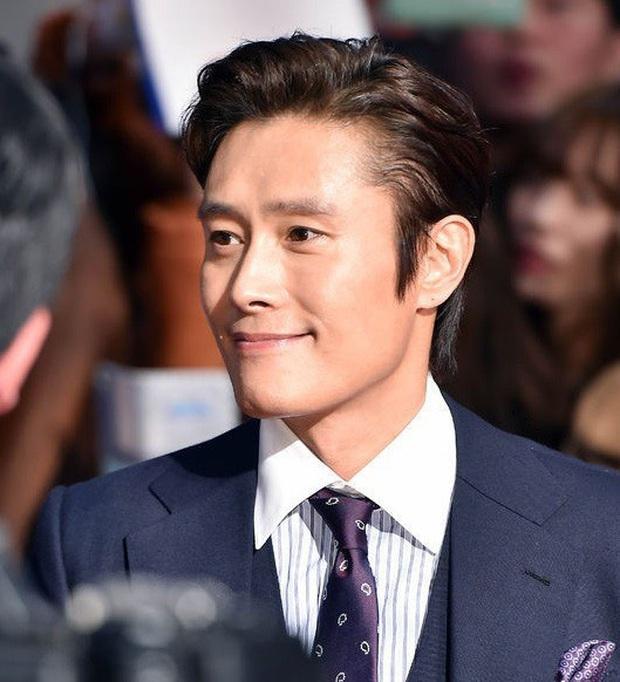 Công bố top 10 diễn viên điện ảnh hot nhất Hàn Quốc 2019: Mỹ nhân duy nhất có mặt giữa dàn tài tử đắt giá là ai? - Ảnh 5.