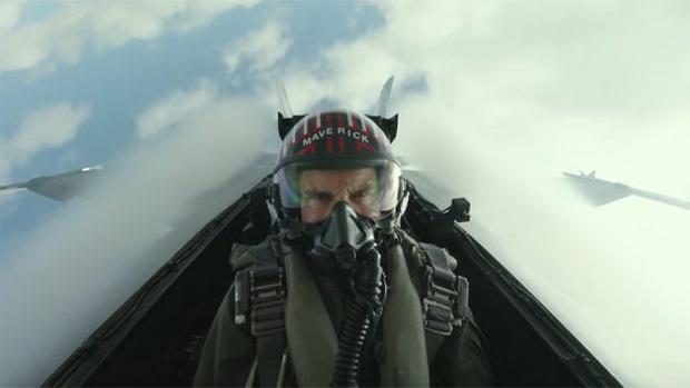 Ở độ tuổi 60, Tom Cruise vẫn trổ tài nhào lộn trên không trong bom tấn Top Gun: Maverick - Ảnh 1.