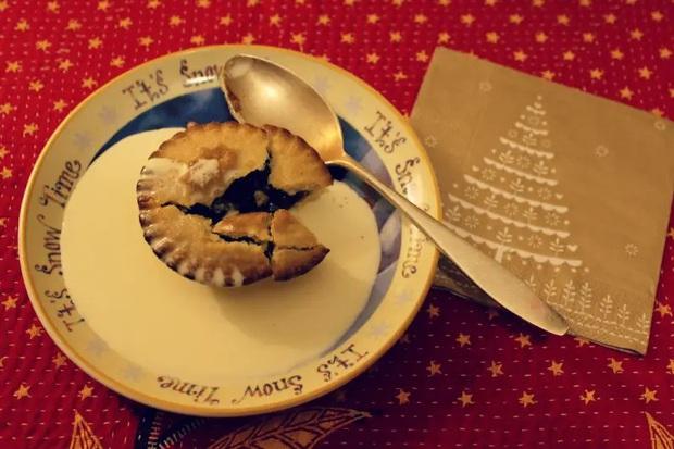 18 món tráng miệng độc lạ làm hoành tráng bàn tiệc Giáng sinh của các nước trên thế giới, người dân năm nào cũng phải ăn - Ảnh 33.