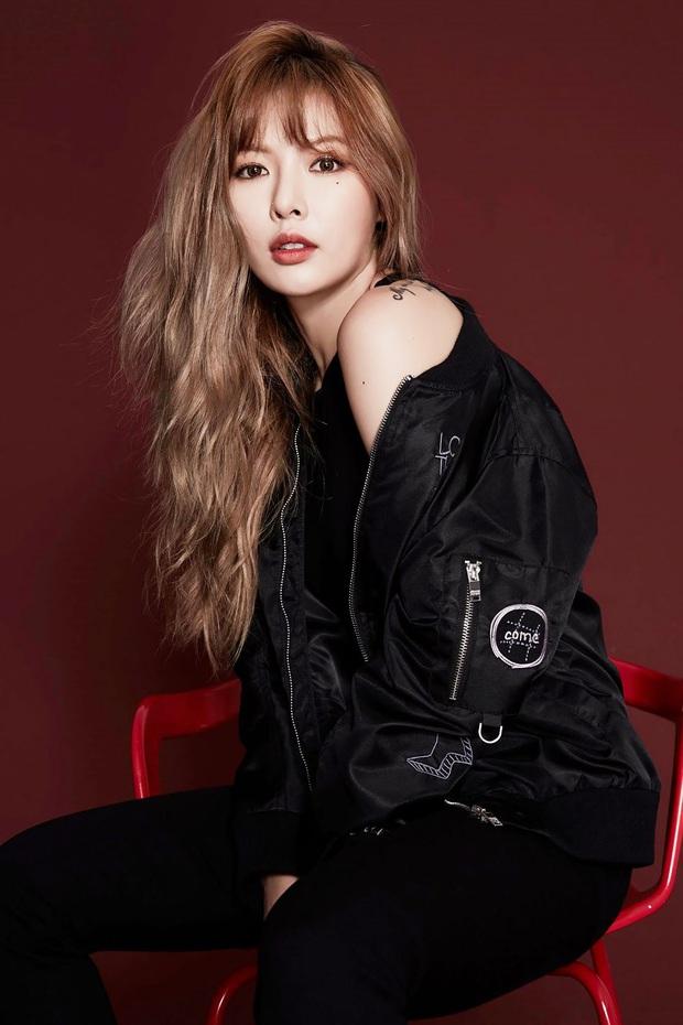 Lộ diện dàn line up cực hot show Year End Party Hàn-Việt: HyunA sẽ bùng nổ bên Hoàng Thùy Linh và bộ đôi Jack - K-ICM - Ảnh 1.