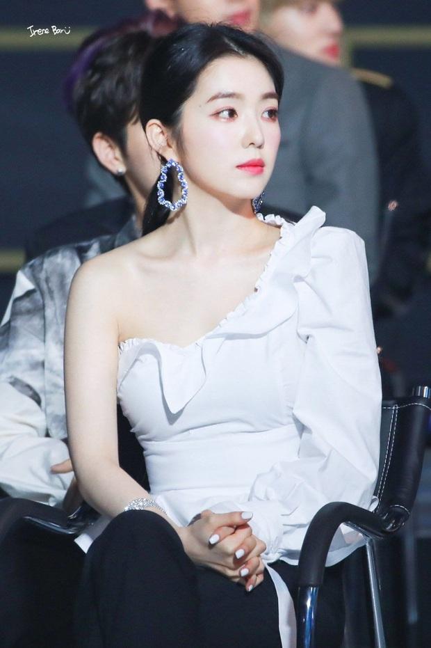 10 màn lột xác ngoạn mục nhất Kpop: Thủ lĩnh BTS đúng là đổi đời, nữ thần thăng hạng nhưng chưa sốc bằng Taemin - Ảnh 9.