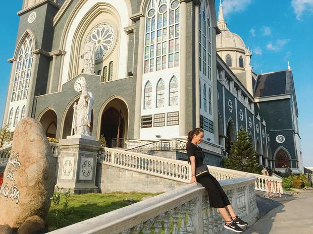 4 nhà thờ tuyệt đẹp cho team Sài Gòn hốt hình sống ảo mỏi tay dịp Giáng sinh, rủ hội bạn check-in ngay kẻo lỡ! - Ảnh 23.