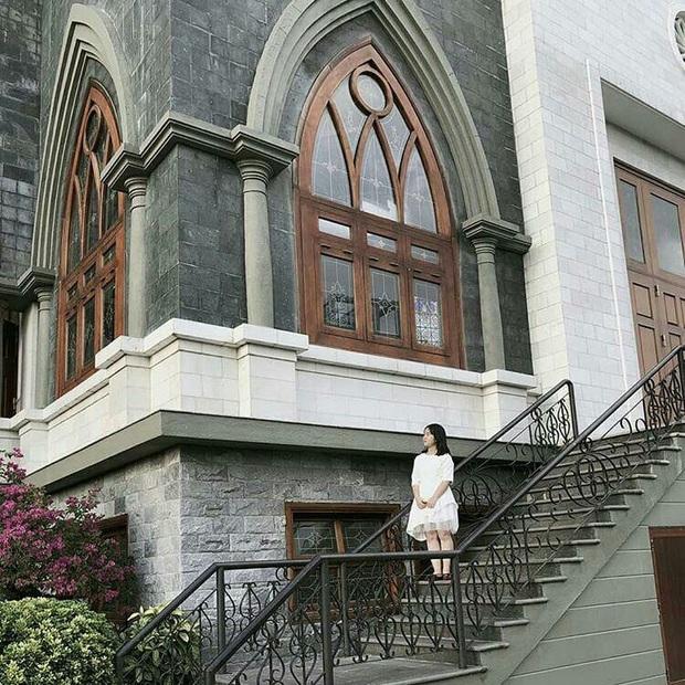 4 nhà thờ tuyệt đẹp cho team Sài Gòn hốt hình sống ảo mỏi tay dịp Giáng sinh, rủ hội bạn check-in ngay kẻo lỡ! - Ảnh 21.