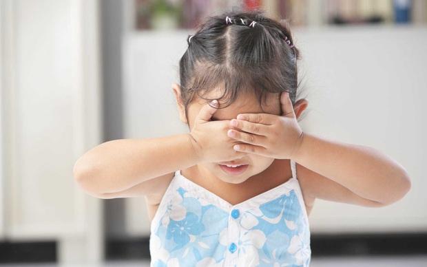 Con trai bị bạn học trêu đến mức muốn tự tử, mẹ trẻ ở Hà Nội đến tận trường xử lý, cái kết khiến ai cũng vỗ tay thán phục - Ảnh 5.