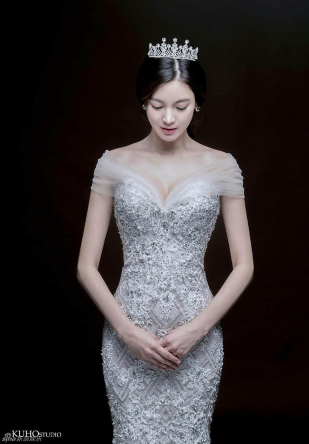Ly hôn được 1 năm, bản sao Song Hye Kyo kiện chồng cũ thẳng tay vì tội lừa đảo hơn 264 tỷ đồng - Ảnh 1.