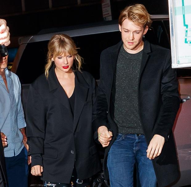 Taylor Swift chuẩn bị kết hôn với bạn trai cực phẩm, thậm chí còn ganh đua với mỹ nhân Người Nhện? - Ảnh 2.