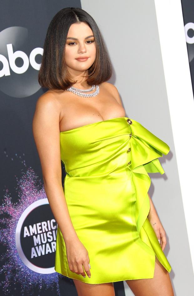 Cuối cùng Selena Gomez đã over Justin Bieber, đang tìm người mới nhưng với tiêu chí gì? - Ảnh 1.