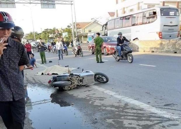 Truy tìm ôtô tông cô gái tử vong rồi bỏ chạy - Ảnh 1.