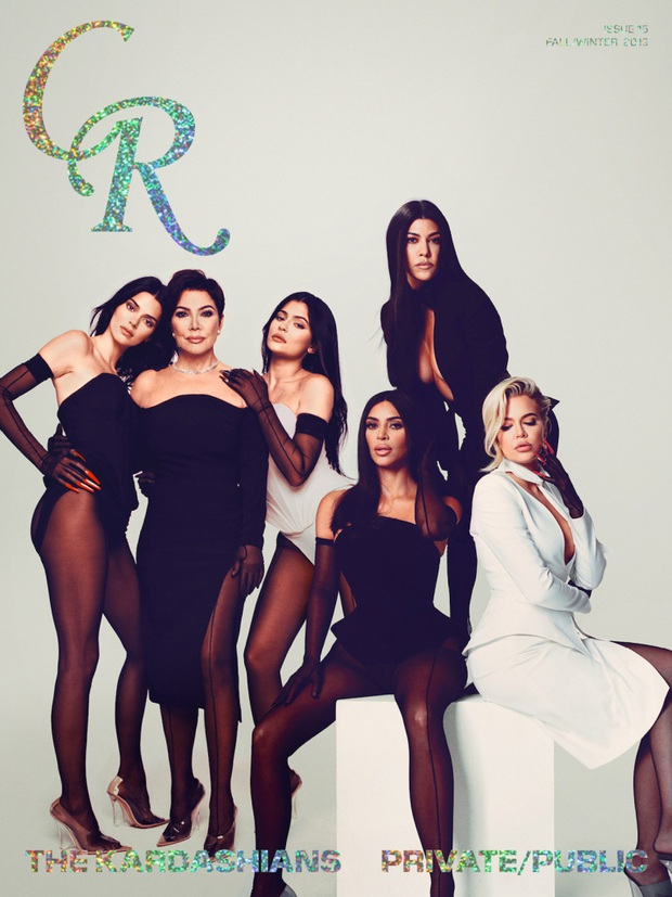 13 lần chị em nhà Kardashian gây nổ Hollywood năm 2019: Kim - Kendall hở nhức mắt, Kylie gây bão ở hôn lễ Justin - Ảnh 7.