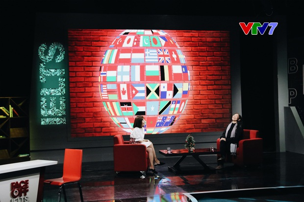 Chuyên gia Nguyễn Phi Vân nói Tiếng Anh vèo vèo trên sóng VTV, nhiều người nhìn vào tự thấy xấu hổ - Ảnh 5.
