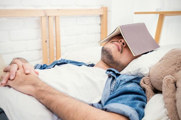 """5 mẹo nhỏ giúp bạn """"sạc pin"""" cho não bộ, kích thích tối đa hiệu suất công việc trong ngày: Làm đủ thì kết quả đáng kinh ngạc!  - Ảnh 1."""