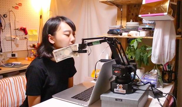 Thánh nữ Nhật Bản phát minh toàn thứ độc dị, ai xem cũng gật gù: Quả không phí tiền đóng Internet mỗi tháng! - Ảnh 1.
