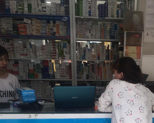 Dịch cúm A lan rộng, thuốc Tamiflu tăng giá gấp 10 lần, 5 triệu đồng 1 hộp không có mua - Ảnh 1.