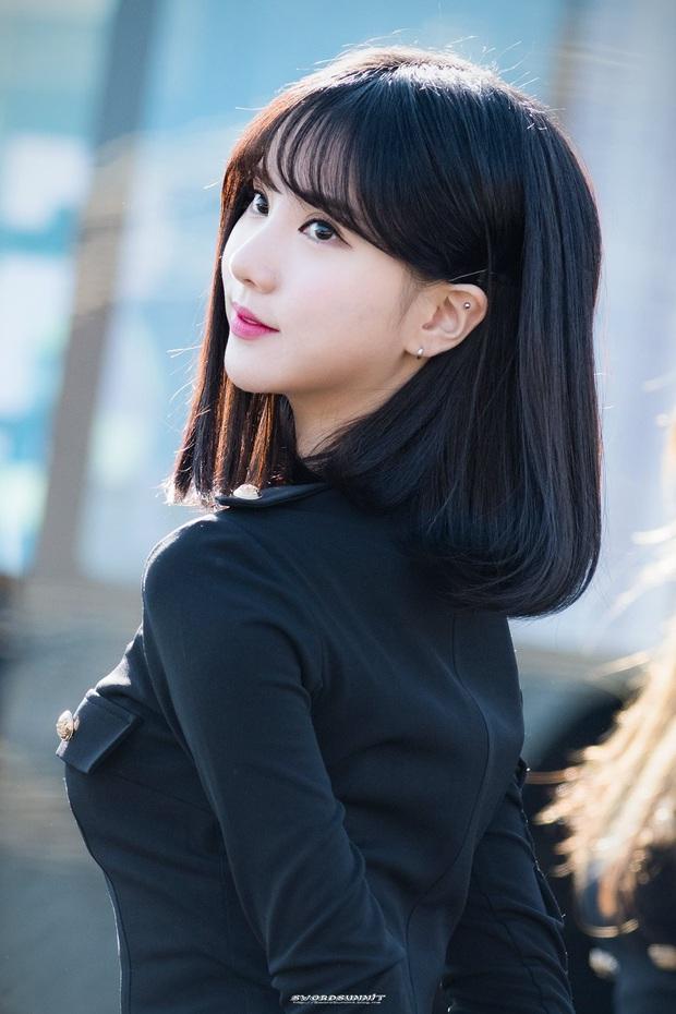 10 màn lột xác ngoạn mục nhất Kpop: Thủ lĩnh BTS đúng là đổi đời, nữ thần thăng hạng nhưng chưa sốc bằng Taemin - Ảnh 30.