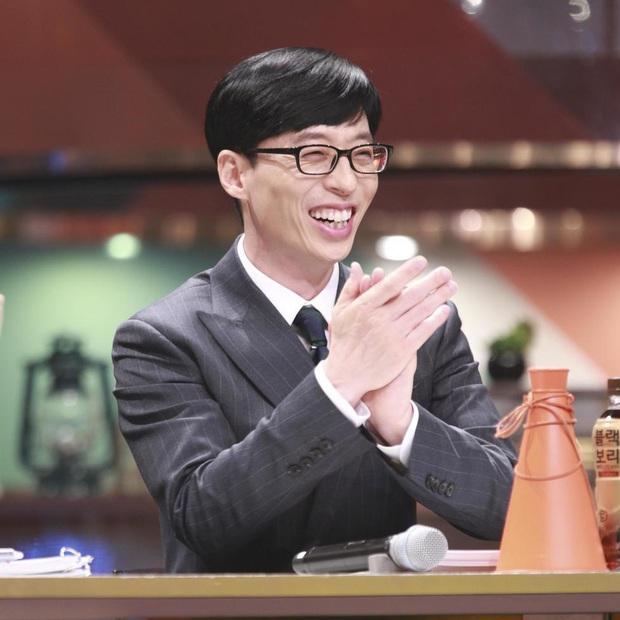 Chấn động: MC quốc dân Yoo Jae Suk bất ngờ dính nghi án quấy rối tình dục, người trong cuộc đích thân lên tiếng - Ảnh 1.