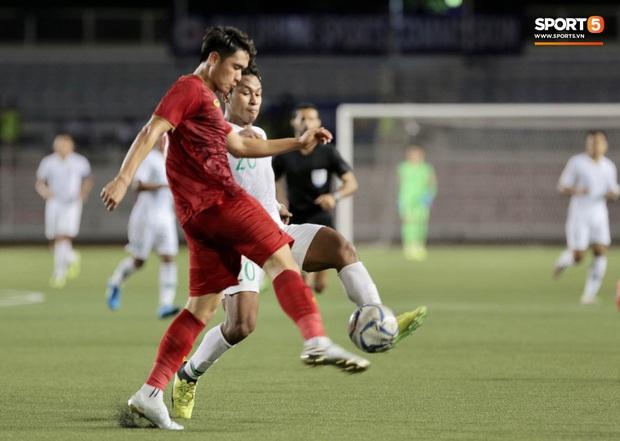 Cầu thủ đẹp trai nhất U22 Việt Nam kêu la đau đớn, gọi đây là khoảnh khắc phút giây sinh tử sau trận thắng U22 Indonesia - Ảnh 2.