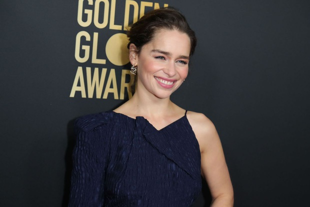 Hành trình Mẹ Rồng Emilia Clarke khi từ mỹ nhân lộ ngực gây sốc thành nữ hoàng rom-com mới - Ảnh 6.