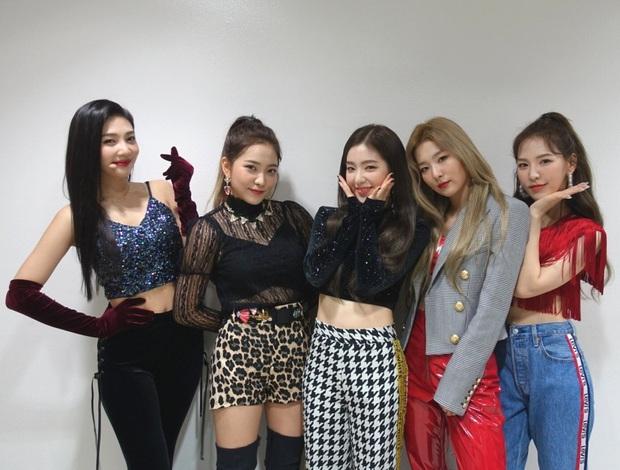 Red Velvet vượt EXO trở thành nghệ sĩ SM đầu tiên đạt thành tích hiếm có trên Spotify nhưng vẫn thua BLACKPINK và TWICE - Ảnh 1.